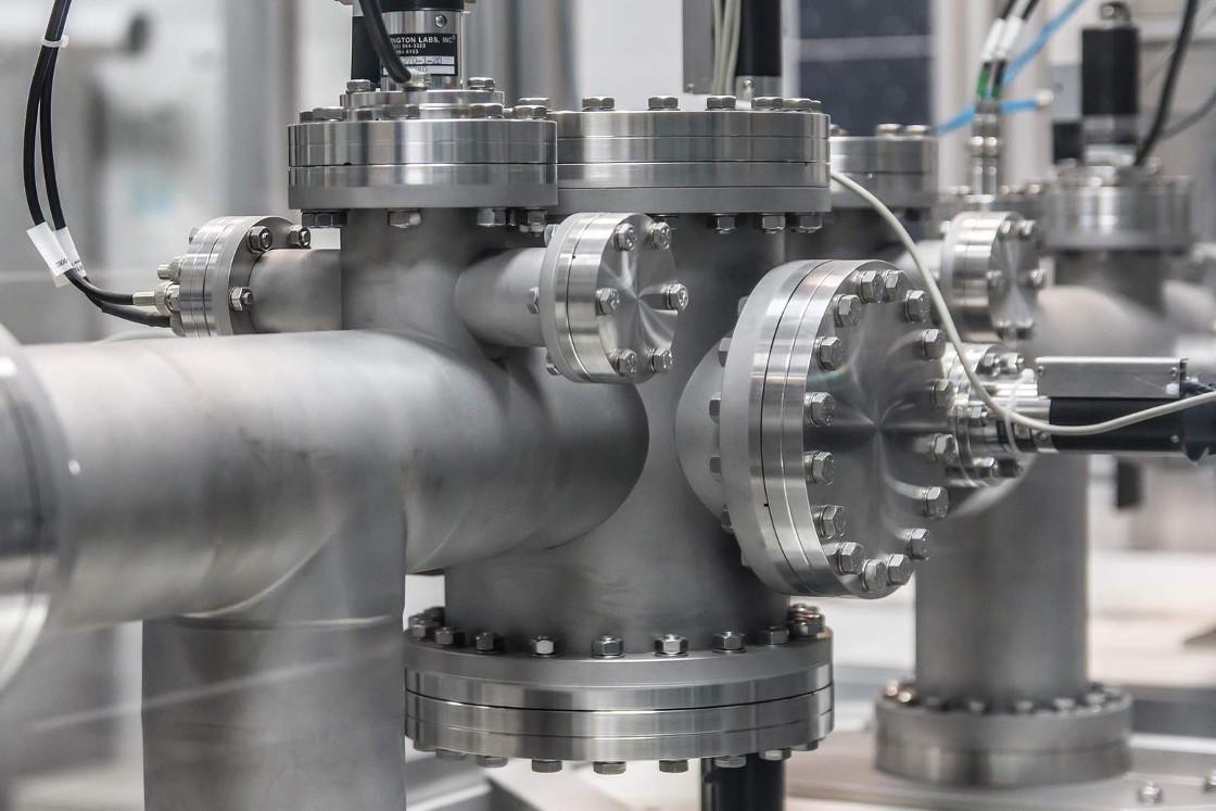 Prvky pro technologii vysokého vakua od SMC Fluidcontrol